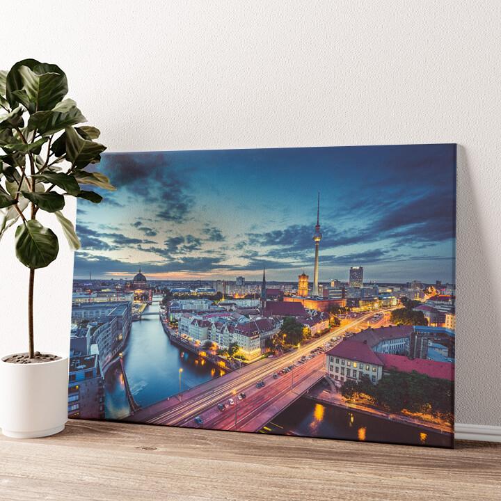 Skyline von Berlin Wandbild personalisiert