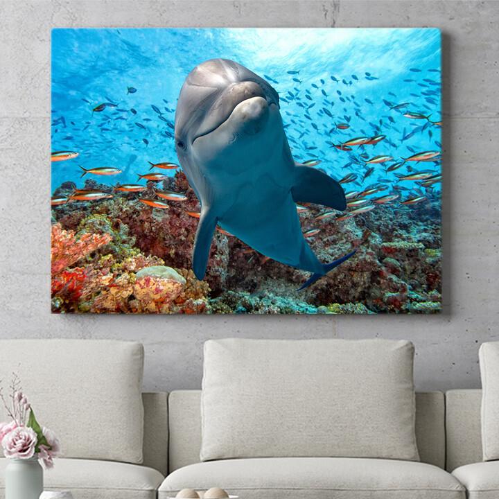 Personalisierbares Geschenk Delfin im Korallenriff
