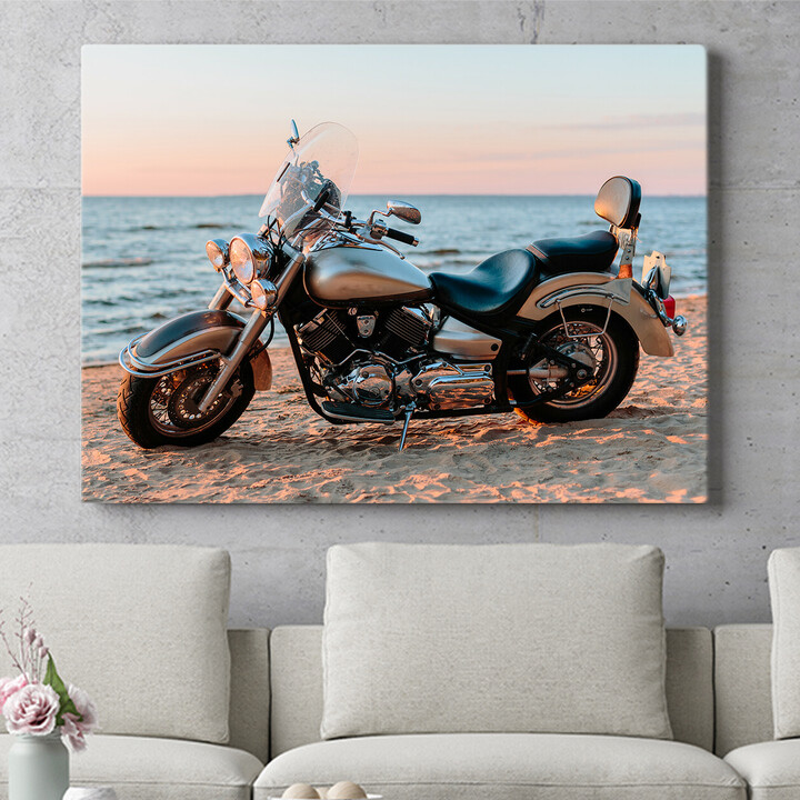 Personalisierbares Geschenk Motorrad am Strand