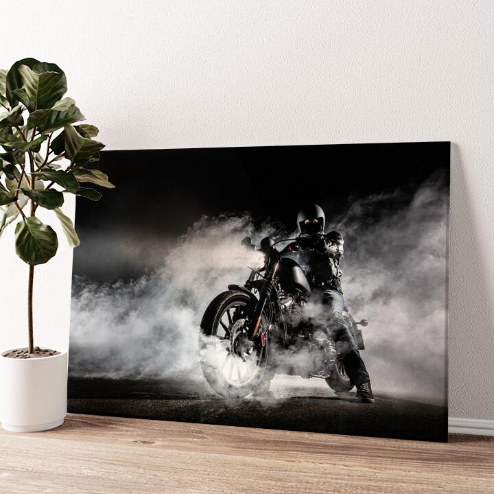 Motorrad im Nebel Wandbild personalisiert