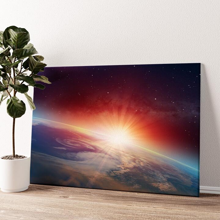 Sonnenaufgang im All Wandbild personalisiert