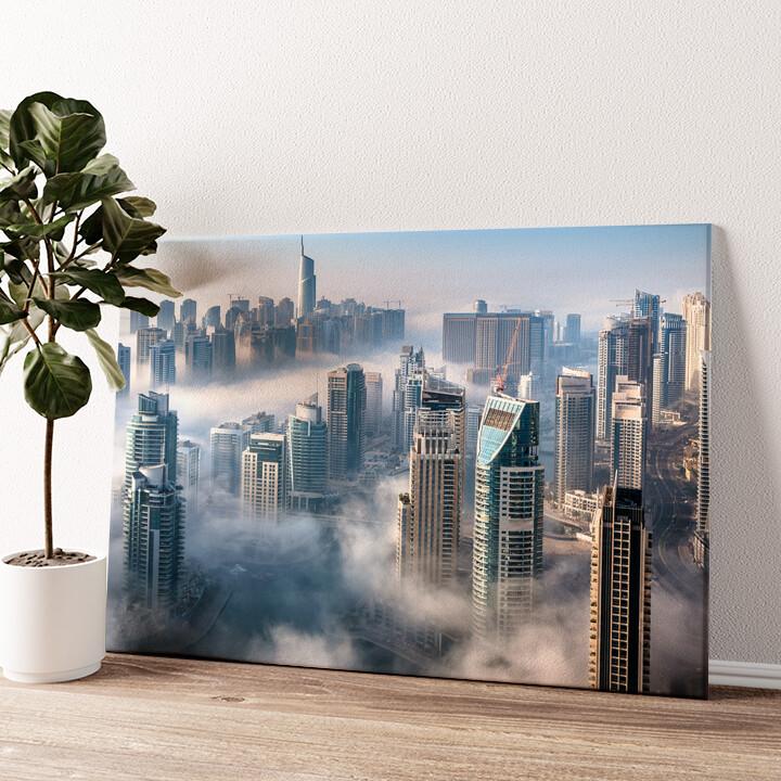 Dubai Skyline Nebel Wandbild personalisiert