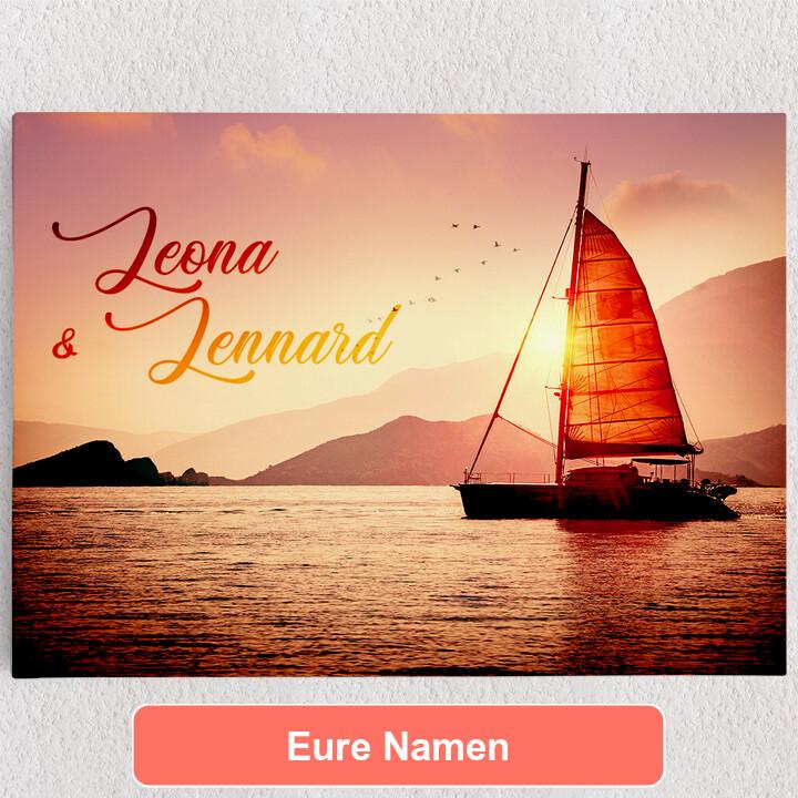 Personalisiertes Leinwandbild Sailing Love