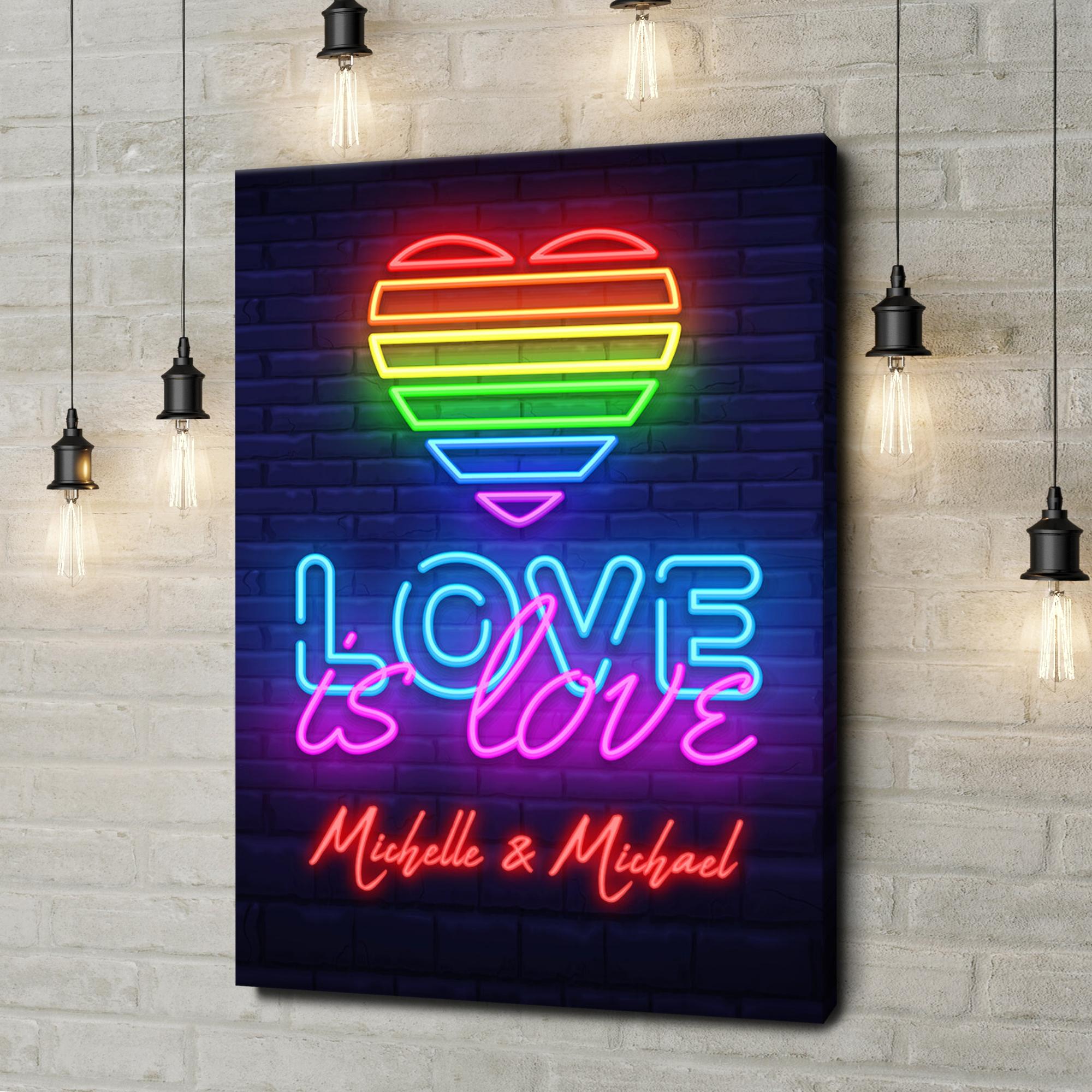 Leinwandbild personalisiert Love Is Love
