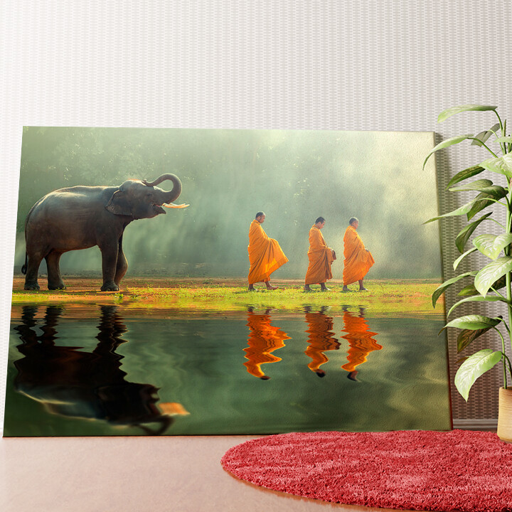 Personalisiertes Wandbild Mönche mit Elefant